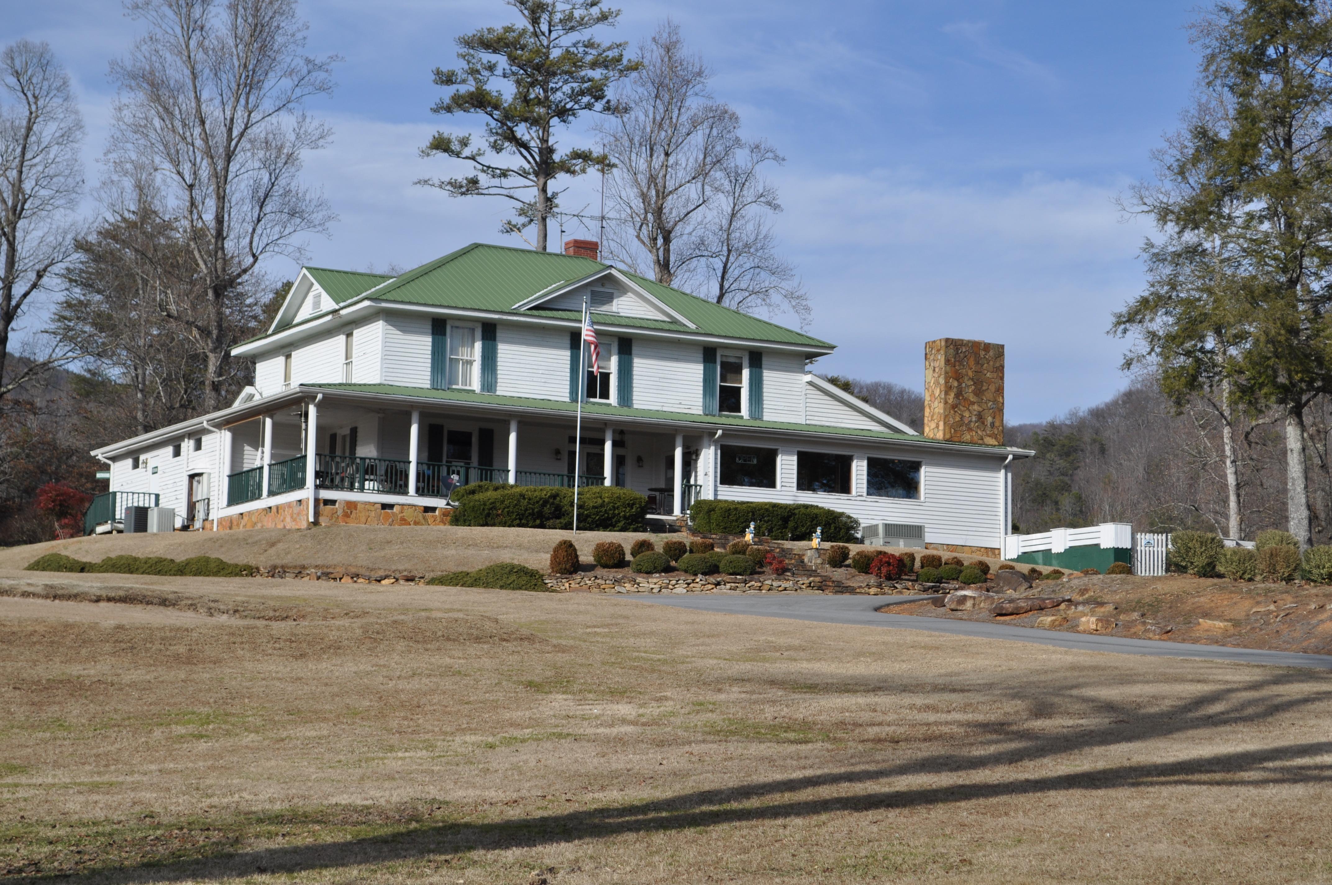 Bear Valley Club House.JPG